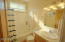 150 Bella Beach Dr, Lincoln City, OR 97341 - 20_GuestBathroom2