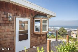 6546 NE Neptune Dr, Lincoln City, OR 97367 - Side deck Ocean View
