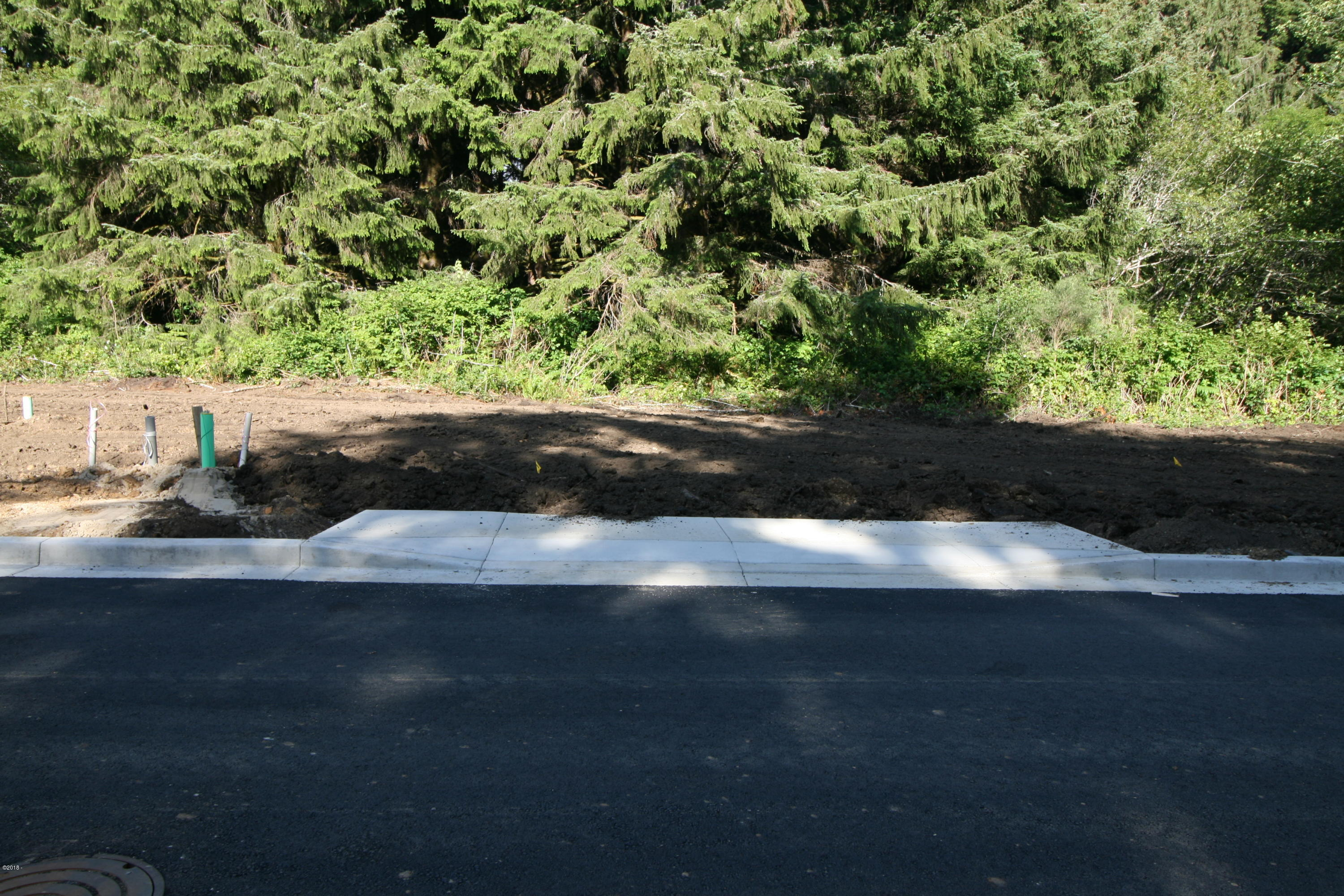 LOT #102 NE 61st Place, Lincoln City, OR 97367