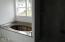 4125 SE Lee Ave, Lincoln City, OR 97367 - tub