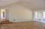 7515 Yaquina Bay Rd, Newport, OR 97365 - Living room