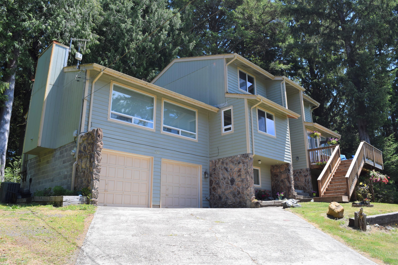 5854 Mercer Creek Dr, Florence, OR 97439 - Front