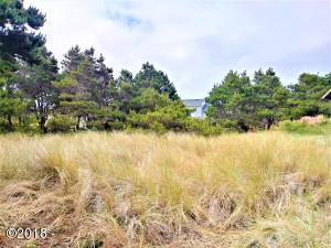 1705 NW Marlin St, Waldport, OR 97394 - 20180621_100359_HDR