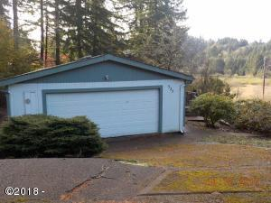 525 NW Radio Ct, Toledo, OR 97391 - BFHome