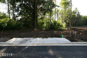 LOT #103 Ne 61st Place, Lincoln City, OR 97367 - Front of Lot