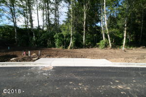 LOT #99 Ne 61st Place, Lincoln City, OR 97367 - Front of Lot