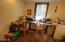 1680 NE Sturdevant Rd, Toledo, OR 97391 - Bedroom