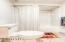 17 Ocean Crest Rd, Gleneden Beach, OR 97388 - Lower tub/shower