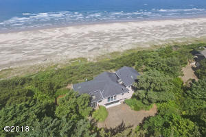 6520 NW Pacific Coast Hwy, Seal Rock, OR 97376