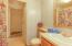 25 Lincolnshire Street, Depoe Bay, OR 97341 - Bathroom 2