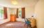 245 NE 10th St, Newport, OR 97365 - bedroom 2