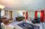245 NE 10th St, Newport, OR 97365 - living room