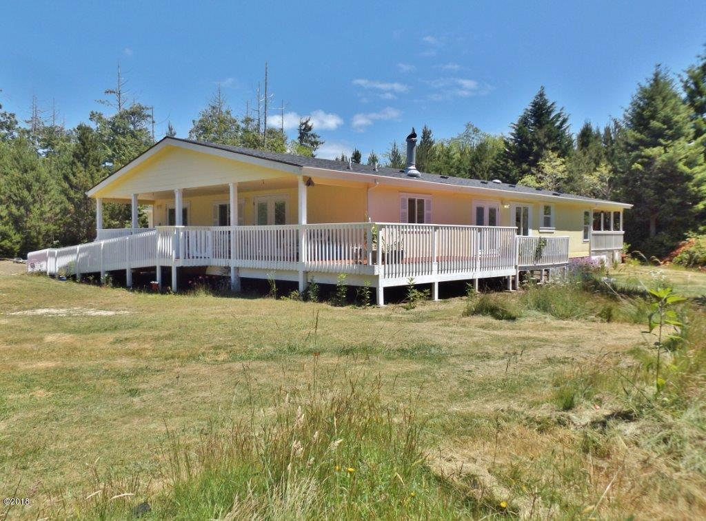 5875 NW Fox Creek Way, Seal Rock, OR 97376