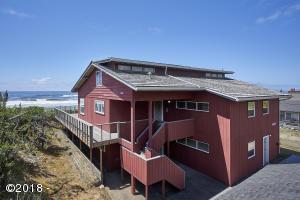 4225 Silverton Ave, Neskowin, OR 97149 - Ocean Front in Neskowin