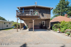 1035 SW 10th Street, Lincoln City, OR 97367 - Front View