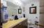 1035 SW 10th Street, Lincoln City, OR 97367 - Main Floor Bath