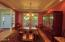 150 NE 56th St, Newport, OR 97365 - Formal Dining