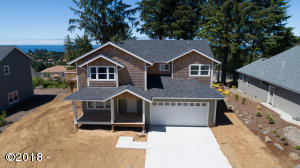 4125 SE Lee Ave, Lincoln City, OR 97367 - Front of home