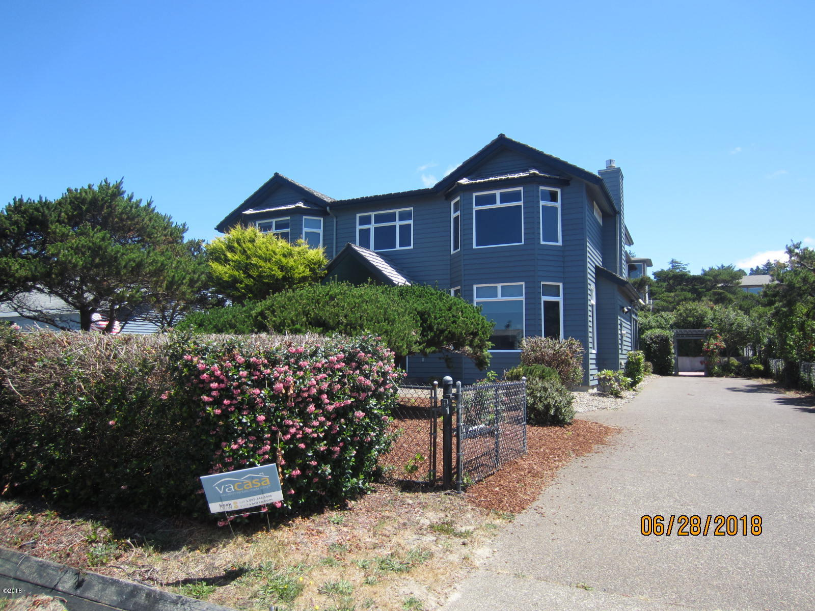 3105 NW Oceania Dr, Waldport, OR 97391 - front view