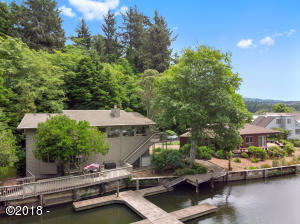 1253 NE East Lagoon Drive, Lincoln City, OR 97367 - Canal Fortage