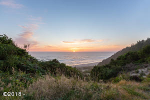3500/3501 VL Ridge Rd, Pacific City, OR 97135 - Ocean View @ Sunset