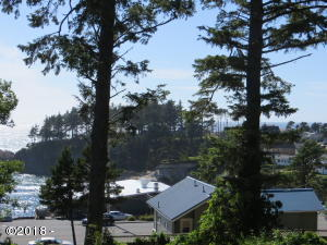 267 NE Williams Ave, Depoe Bay, OR 97341 - View