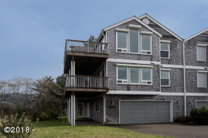44640 Oceanview Court, Neskowin, OR 97149 - Exterior from Street