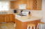 3104 NW Port Dr, Lincoln City, OR 97367 - Gas range