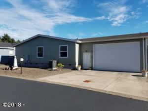 658 NE 54th St, Newport, OR 97365 - front
