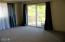 630 SW Fall St, F, Newport, OR 97365 - Master suite