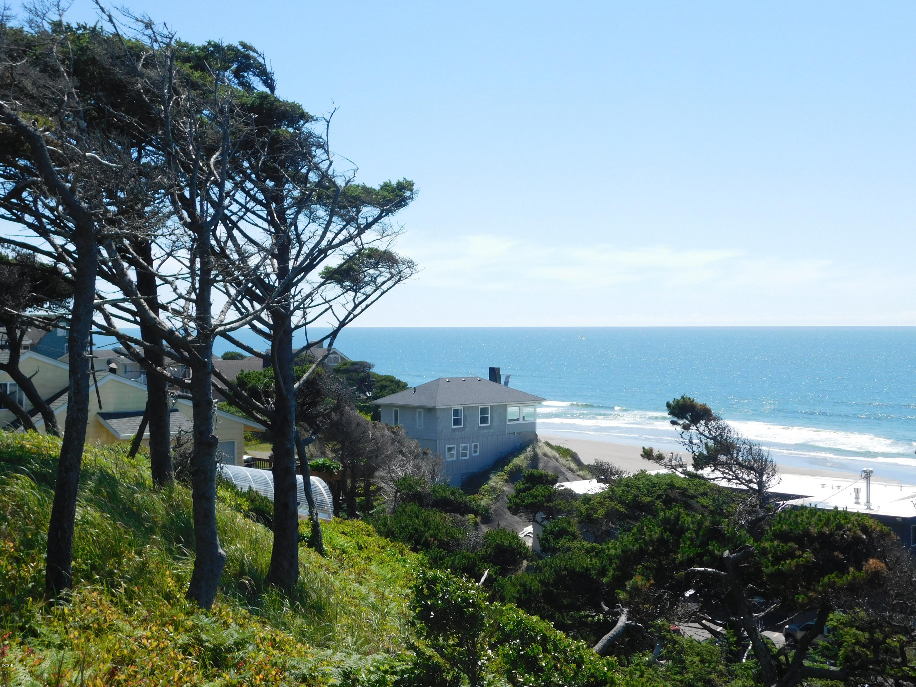1105 NW Inlet Ave, Lincoln City, OR 97367 - Cover