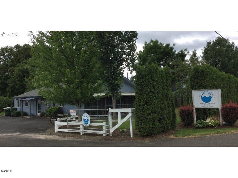 23150 NE Dayton Ave, Newberg, OR 97132
