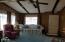 405 NE 32nd St, Newport, OR 97365 - Living Room