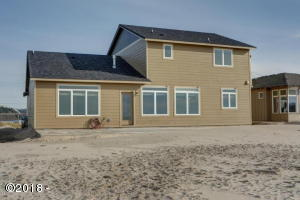 26 NW OCEANIA DR, Waldport, OR 97374