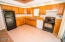 534 SE Inlet Ave, Lincoln City, OR 97367 - Kitchen