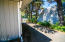 534 SE Inlet Ave, Lincoln City, OR 97367 - Driveway