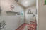 2949 NW Neptune Ave, Lincoln City, OR 97367 - Mud Room