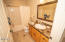 4600 SW Coast Ave, Lincoln City, OR 97367 - Bath 2