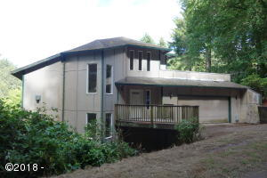 48925 Summit Rd, Neskowin, OR 97149 - Front