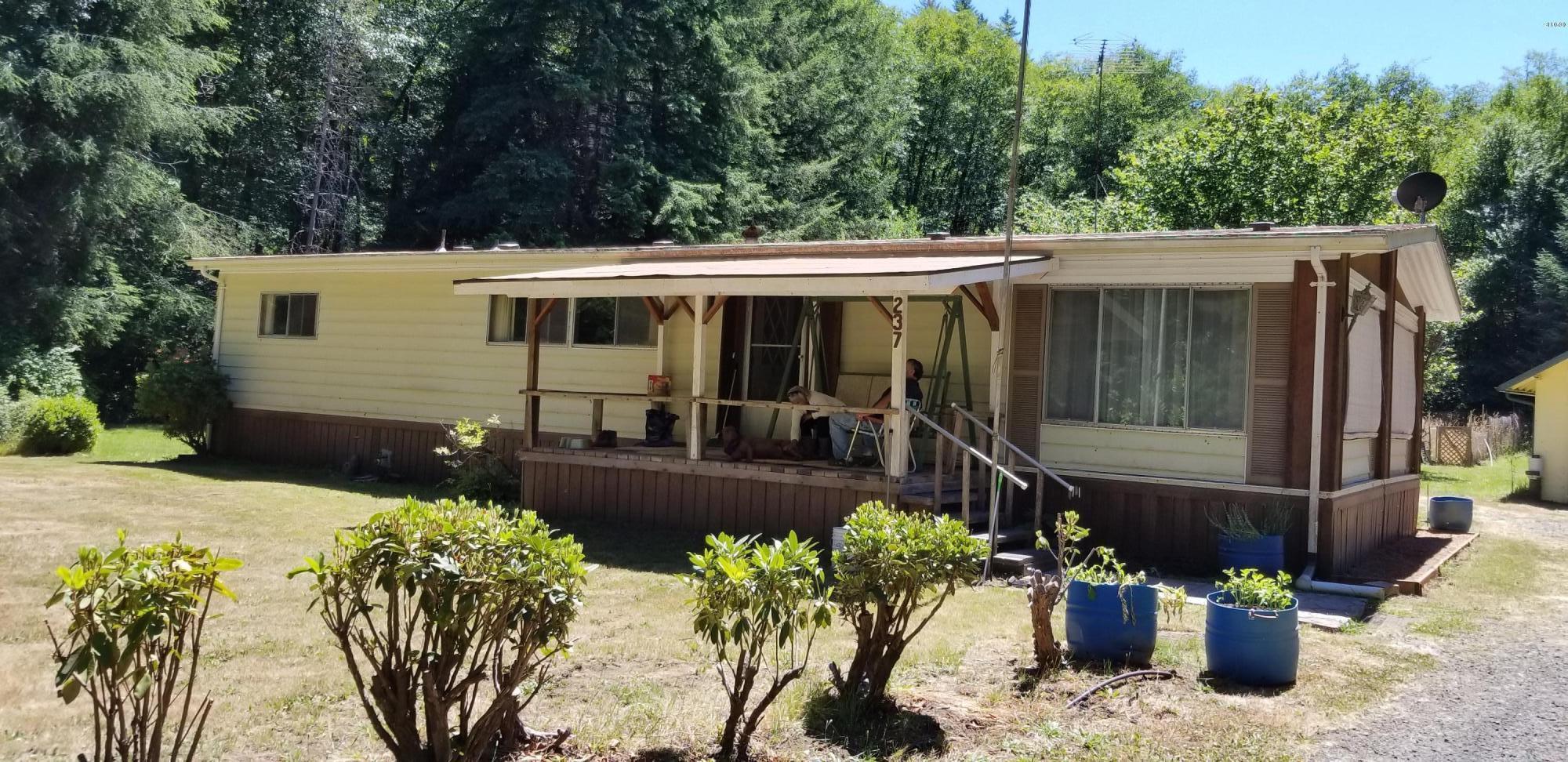 237 E Buck Creek Rd, Tidewater, OR 97390