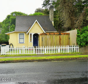 373 W Olive Street, Newport, OR 97365