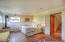 105 NW Wade Way, Newport, OR 97365 - Downstairs Suite