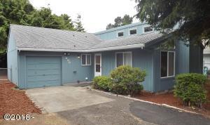 200 Coronado Dr, Gleneden Beach, OR 97367 - Welcome home!