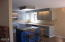 525 NE 10th St, Newport, OR 97365 - Kitchen