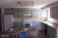 525 NE 10th St, Newport, OR 97365 - Eating Bar