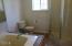 5338 NE Port Ln, Lincoln City, OR 97367 - Master Bath with Jet Tub