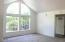 5338 NE Port Ln, Lincoln City, OR 97367 - Living Area