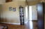5047 NE Voyage Ave, Lincoln City, OR 97367 - Entry
