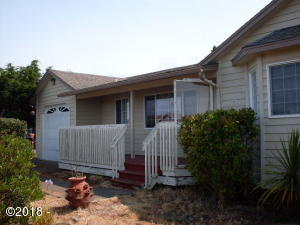 1605 NW Parker Ave, Waldport, OR 97394 - Front