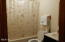 3625 Lincoln Ave, Depoe Bay, OR 97341 - Guest bath
